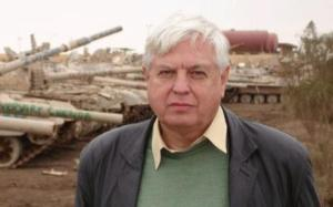Journalist John Simpson
